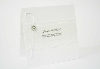 White Vintage Pearl Invitation £5.25